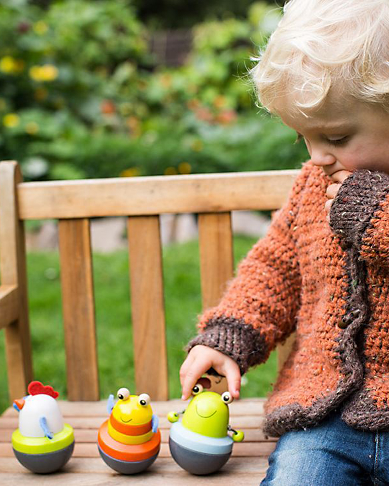 Kind met wiebelfiguur liese, susi, pepito houten speelgoed van Selecta